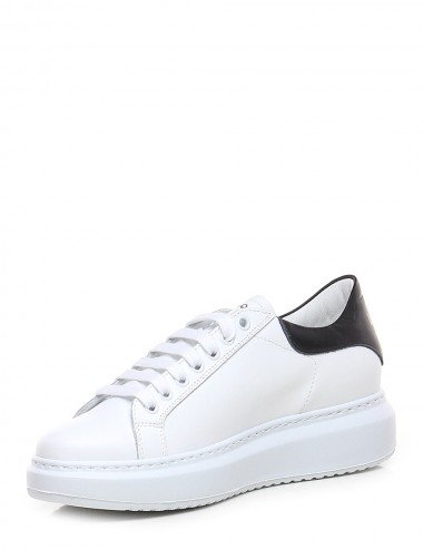 Sneakers in nappa bianca e...