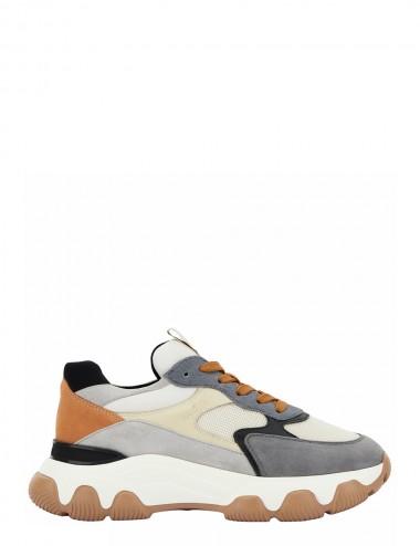 Sneakers Hyperactive...